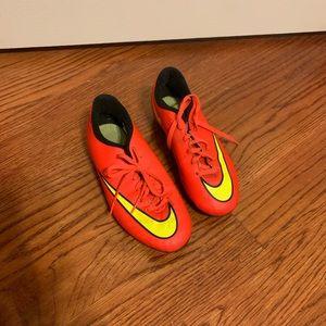 Nike mercurial cleats